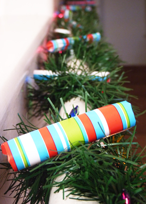 How to Make a Holiday Countdown Garland